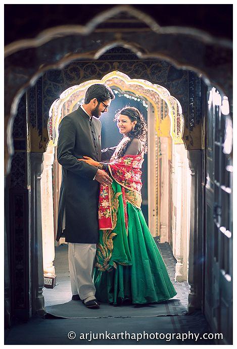 AKP-destination-wedding-photographer-samodh-palace-23