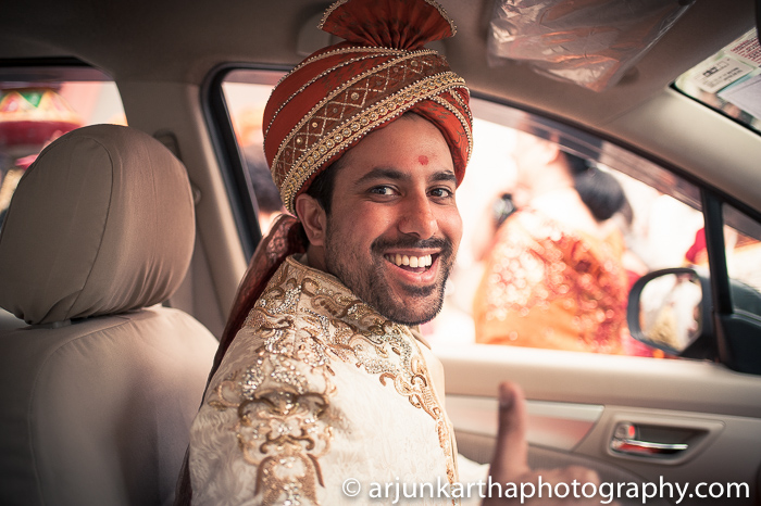 Arjun-Kartha-Candid-Wedding-Photography-Sarika-Avin-103