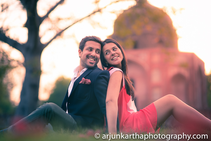 Arjun-Kartha-Candid-Wedding-Photography-Sarika-Avin-11