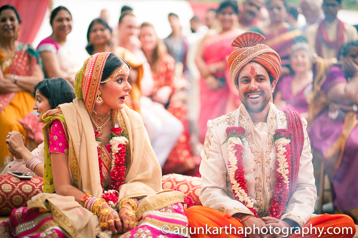Arjun-Kartha-Candid-Wedding-Photography-Sarika-Avin-130