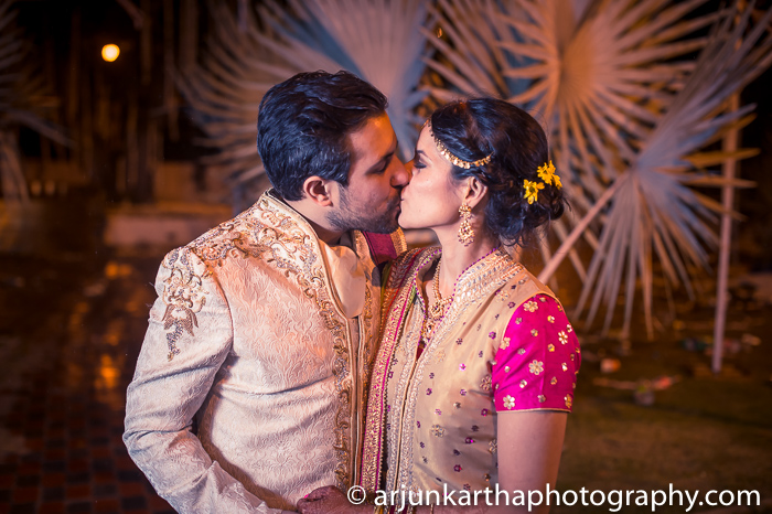 Arjun-Kartha-Candid-Wedding-Photography-Sarika-Avin-158