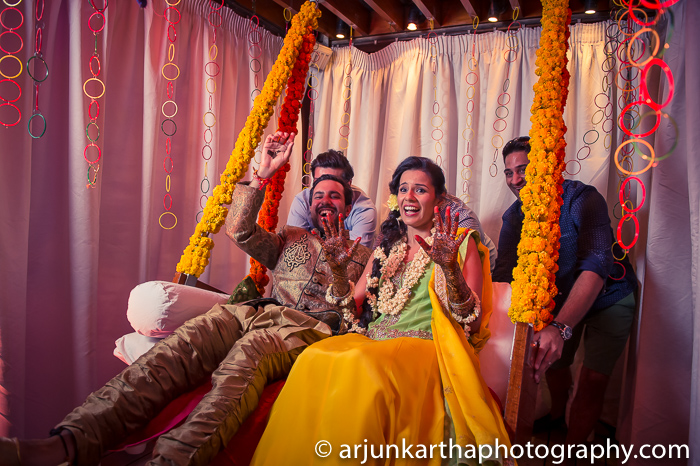 Arjun-Kartha-Candid-Wedding-Photography-Sarika-Avin-37