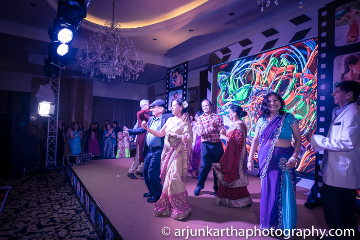 Arjun-Kartha-Candid-Wedding-Photography-Sarika-Avin-67