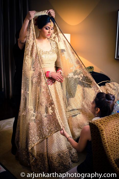 Arjun-Kartha-Candid-Wedding-Photography-Karishma-Aditya-43
