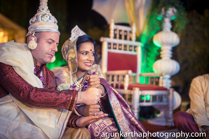 Arjun-Kartha-Candid-Wedding-Photography-Shampa-Matthias-14