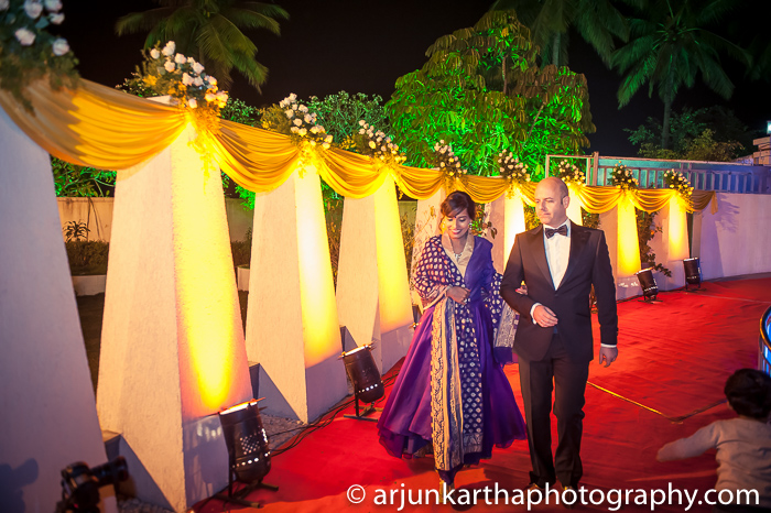 Arjun-Kartha-Candid-Wedding-Photography-Shampa-Matthias-5