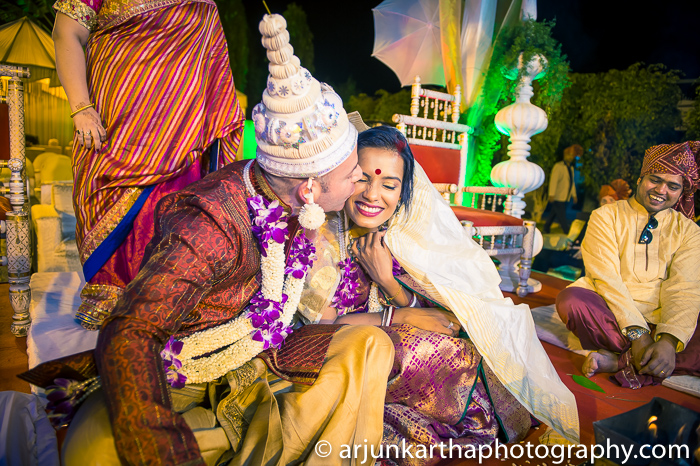 Arjun-Kartha-Candid-Wedding-Photography-Shampa-Matthias-9