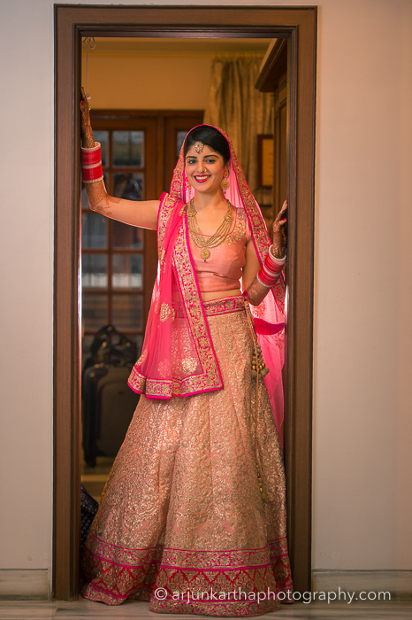 Juhi-Akshay-Real-Wedding-37