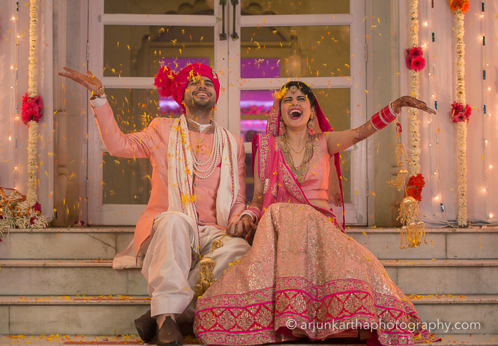 Juhi-Akshay-Real-Wedding-49