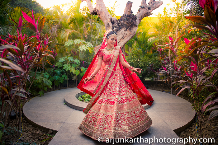 Arjun-Kartha-Candid-Wedding-Photography-Priyanka-Rohan-48