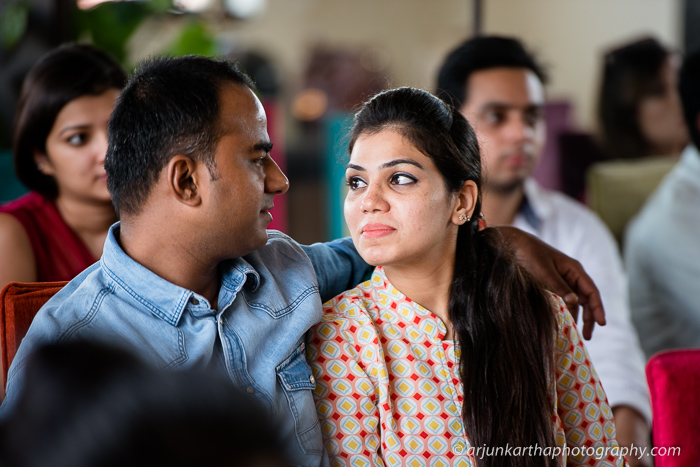 arjun-kartha-candid-wedding-photography-roposo-14