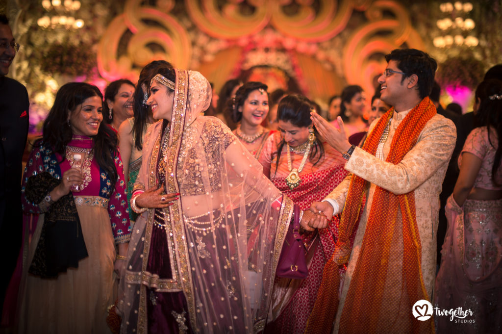 Arjun Kartha Photography Finding The One A Delhi Wedding Story Ayushi Vikrant Twogether