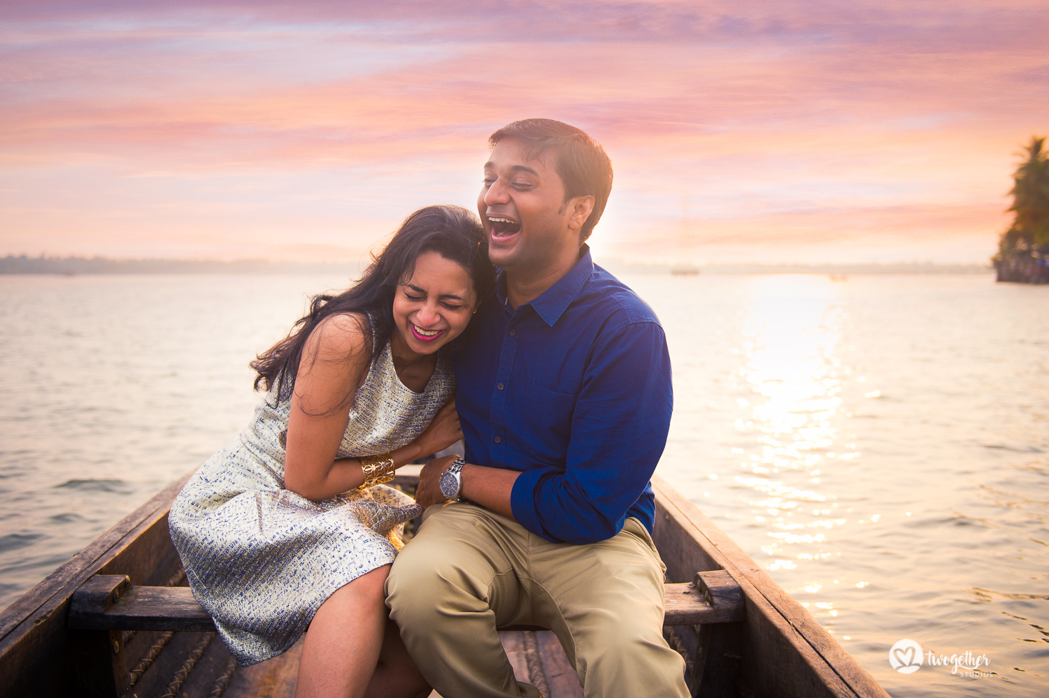 Kochi backwaters pre-wedding couple portrait photography