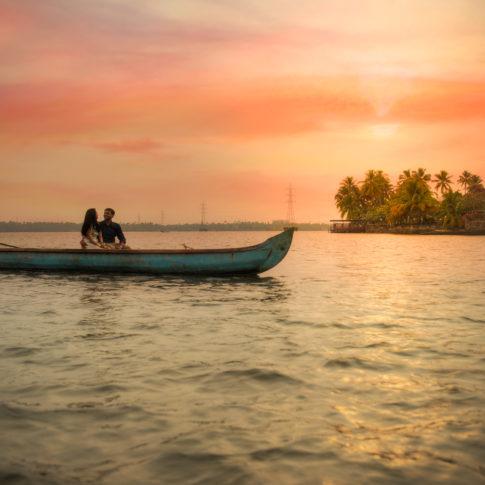 Kochi backwaters pre-wedding sunset couple shoot
