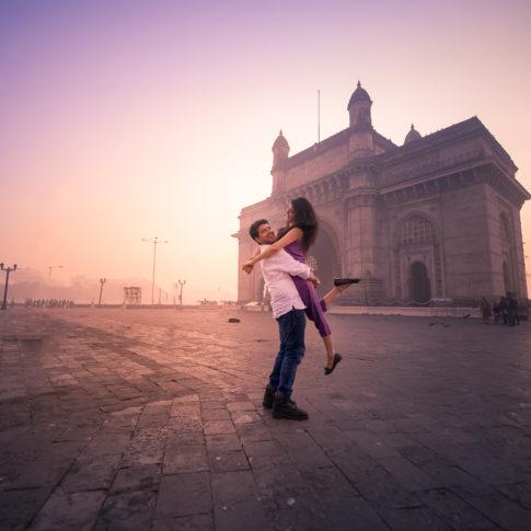 Gateway of India pre-wedding street couple shoot Mumbai